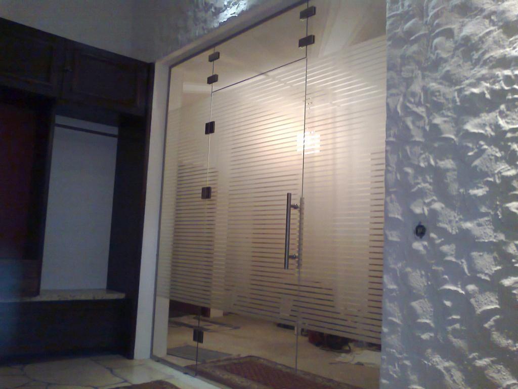 Drzwi szklane i przeszklenia